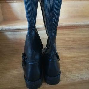 17b6909fb740 David Tote Shoes - David Tate Branson Extra Wide Shaft. Size 9M